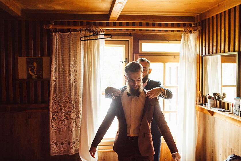 slub w stylu boho,stylowy pna mlody,wesele w willi tadeusz,zabawa weselna willa tadeusz,willa tadeusz wesele w namiocie,barbershop wedding,