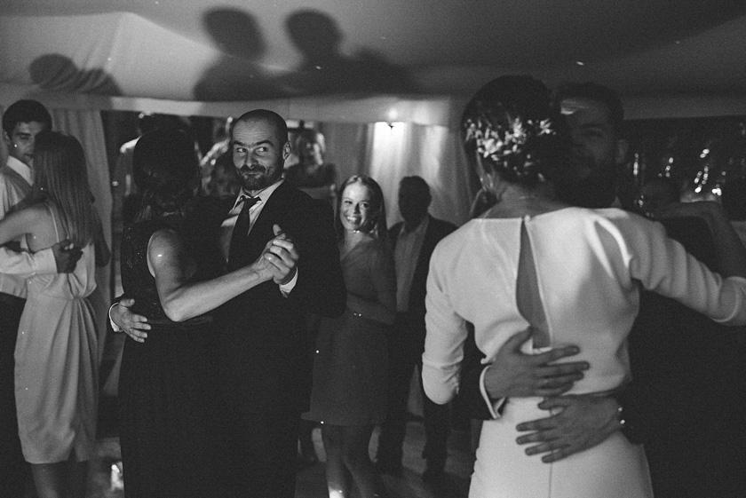 slub nad basenem,wesele boho,wesele pod namiotem,willa tadeusz wesele w namiocie,zabawa weselna willa tadeusz,wesele w namiocie slub,