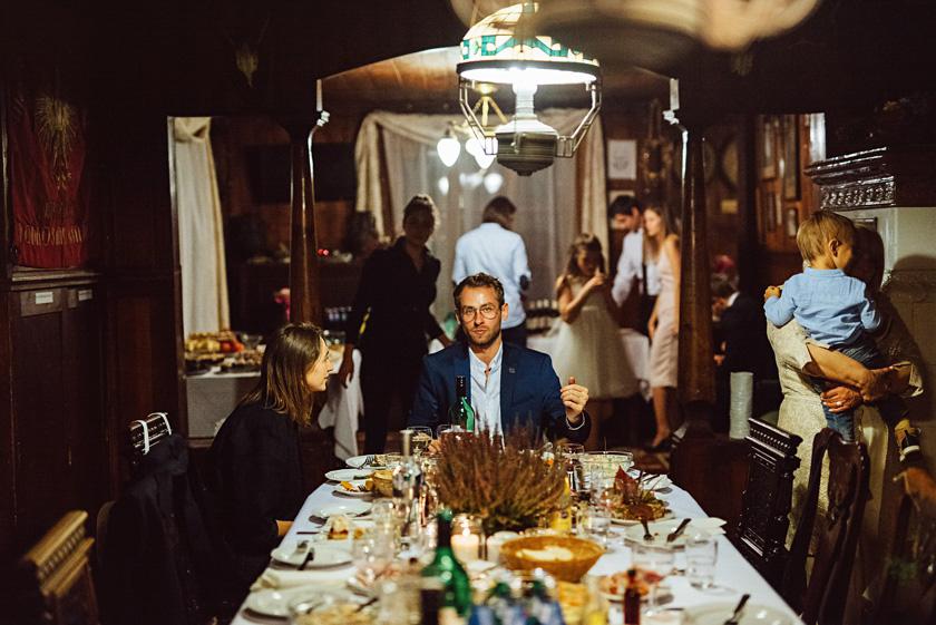 slub nad basenem,wesele boho,wesele pod namiotem,willa tadeusz wesele w namiocie,zabawa weselna willa tadeusz,slub wstylu boho rustykalny barn,